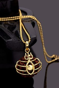 Men's Pendant - Buy stylish lockets for Men online. Voylla offers trendy & stylish gold plated pendant for men. Various designs of gents locket, pendant for boys available at ✓Best Prices ✓COD ✓Easy Returns Mens Gold Bracelets, Jewelry Bracelets, Mens Gold Jewelry, Men's Jewelry, Silver Jewelry, Stones For Jewelry Making, Gold Chains For Men, Temple Jewellery, Bridal Jewellery