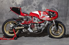 Moto Ducati, Ducati Cafe Racer, Cafe Racer Bikes, Cafe Racer Motorcycle, Cafe Racers, Brat Bike, Motorcycle Paint, Motorcycle Tips, Moto Guzzi