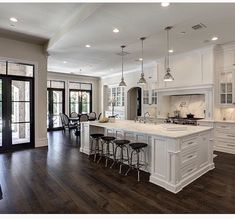 Luxury white kitchen design ideas (6) | Kitchens | Pinterest | Texas ...