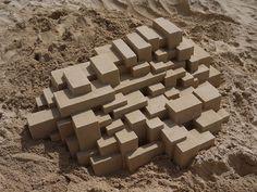 砂浜の砂でできた精巧な城の彫刻「Sand Castles」