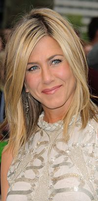 Jennifer Aniston's straight hairstyle
