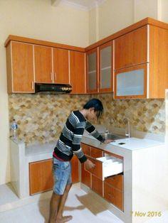 Simple Kitchen Design, Kitchen Room Design, Kitchen Cabinet Design, Home Decor Kitchen, Kitchen Interior, Kitchen Set Ikea, Layout Design, Kitchen Layout Plans, Home Decor Shelves