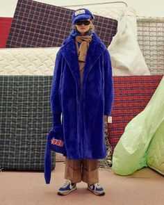 Ader Error's Fall/Winter 2017 Collection Is Daring and Futuristic: Retro-filled and fun. 1950s Jacket Mens, Cargo Jacket Mens, Grey Bomber Jacket, Green Cargo Jacket, Leather Jacket, Teen Boy Fashion, Mens Fashion, Fashion Outfits, Guy Fashion