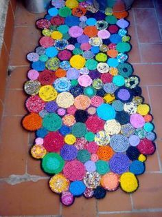 """small rounds - crocheted from plastic bags - """"Just Plastic Bags"""" from Marie Claire Idees  Marie Claire Maison.com"""