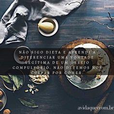 """E já que falei em comida lembrei que na semana passada a @monisereis polemizou no blog ao escrever CONTRA as dietas.  De acordo com a nutricionista Sophie Deram francesa e naturalizada brasileira  o cérebro entende essa mudança repentina na alimentação como um perigo e se adapta para reter mais gordura. A dieta estraga o cérebro.  """"Não devemos nos culpar por comer. A sociedade já é cheia de regras e impor mais restrições ao corpo pode fazer muito mal. Não estou dizendo que você não deva…"""