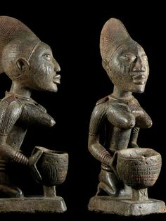 Cup Bearer, Yoruba Nigeria, Figures - Tribe Yoruba Yorouba - Old African Cup Bearer Used for Royal