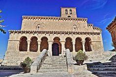 Iglesia románica de San Miguel - San Esteban de Gormaz, provincia de Soria
