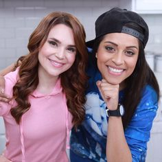 Love Rosanna Pansino check her out if you dont know her. Lilly Singh, who doesn't know her shes amazing! Lily Singh, Shes Amazing, Youtubers, Love Her, Celebrities, Lady, Twitter, Friends, Board