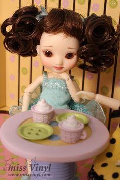 Poupée Table et Chaises - Amelia Thimble collection WILDE IMAGINATION – Achat et vente de poupee