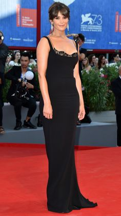 Gemma Arterton - Venice Film Festival 2016 - Every showstopping red carpet look you've gotta see