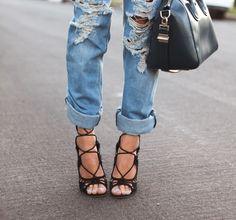 LE CATCH: lace-up sandals