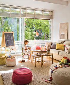 Un salón con espacio para niños   Ahora también mamá