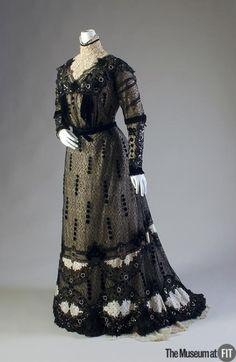 DressCallot Soeurs, 1909The Museum at FIT