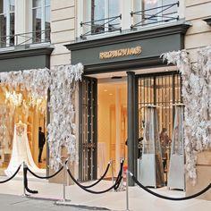 Paper facade by #wandabarcelona #paperart #paper