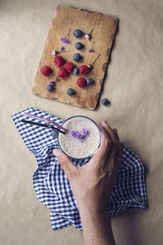fresh berry milkshake