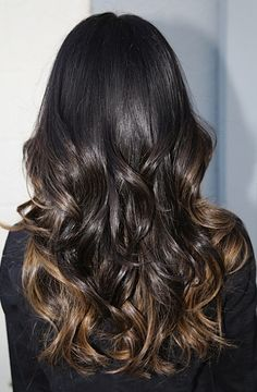 pretty ombre style caramel highlights for dark, dark brown hair. pretty hair. pretty wavy hair. pretty ombre.