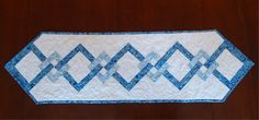 Linked squares table runner