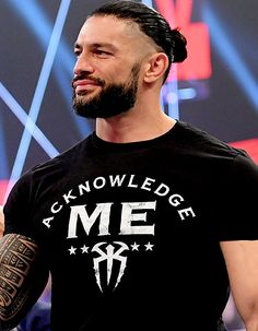 Roman Reigns Smile, Wwe Roman Reigns, Wwe Superstar Roman Reigns, Roman Reings, The Joe, Wwe Superstars, Roman Empire, Wrestling, Mens Tops