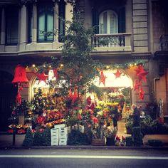 Anne-Li — #flowers @navarro in #callevalencia320...