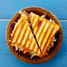 The Best Sandwich Makers to Satisfy All Your Between-the-Bread Cravings — Working Mother Sandwich Toaster, Grill Sandwich, Best Sandwich, Salad Sandwich, National Grilled Cheese Day, Best Grilled Cheese, Grilled Cheese Recipes, Bachelor Recipe, Butter Cheese