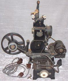 Antique projecteur de cinéma 35mm
