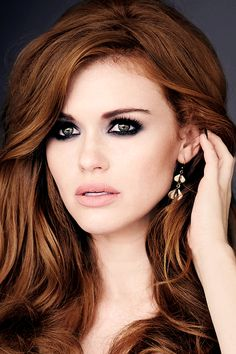 Holland Roden in VVV Magazine September 2015 Issue