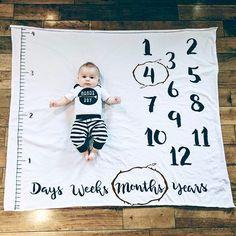 Baby milestone blanket and milestone Bedding makes the best baby shower gift!