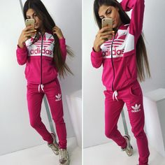 Stylish pink&white tracksuit with zipper on hoodie #tracksuit #sportswear #sweatsuit