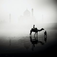 Hauntingly Beautiful Black & White Photos of the Taj Mahal - Josef Holflehner, My Modern Metropolis