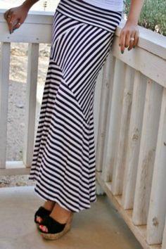Black and White Zig Zag Maxi Skirt