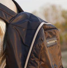Material poly twill Dimensiune cm Greutate 240 g Culoare Black Garantie 60 zile Cool Backpacks, Backpacking, Zip Ups, Bags, Fashion, Handbags, Moda, Backpacker, Fashion Styles