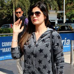 Spotted: Zarine Khan, other celebs at the Mumbai airport Sports Celebrities, Bollywood Celebrities, Bollywood Actress, Celebs, Indian Bollywood, Bollywood Fashion, Zarine Khan Hot, Ritika Singh, Mumbai Airport