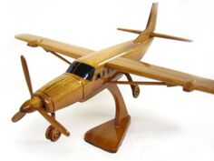 Cessna Caravan - Premium Wood Designs #Civilian #Aircraft premiumwooddesign... Cessna Caravan, Wooden Gifts, Wood Toys, Rockets, Wood Design, Airplanes, Woodworking Plans, Wood Working, Hermes