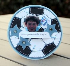 Soccer card, great stitching idea