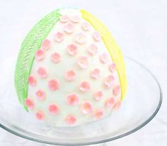 Easter Egg Surprise Inside Cake~ Bet you can figure out what the surprise is! :)