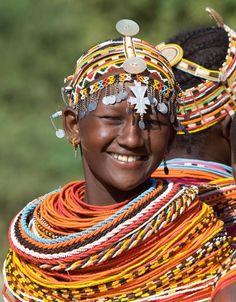 dulceyheller:    A beautiful, weighty set of beaded necklaces….  desert-dreamer:    rendile tribe. kenya.