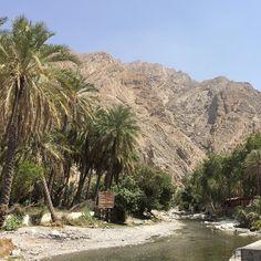 Eso que dices... y que habrá por ese camino? Y llegas aquí! Aunque su crees que este@es yn lugar para refrescarse los pies pues no. El agua está caliente! #bloguerogold #amex #oman #amex