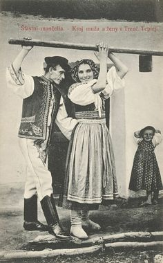 FOTO: Ako sa žilo na Slovensku pred 100 rokmi Folk Costume, Costumes, Black Forest, Folk Art, Traditional, Retro, Pictures, Ethnic, Life