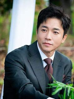 Profil Pemain, Sinopsis The World of the Married Episode Kim Young Min, Korean Drama Movies, Korean Dramas, Tae Oh, Drama Korea, Lee Joon, North Korea, Kdrama, Dan
