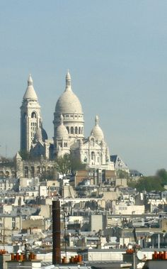 The Sacre Coeur in #Montmartre #Paris