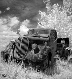 love old trucks-heather, i want to use an idea like this for the girls pics