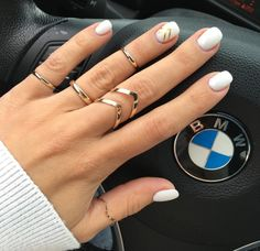 Nails nail art white gold ring rings moda unghie bianche oro