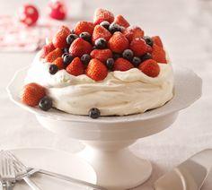 Pavlova met rood fruit - Recept - Jumbo Supermarkten