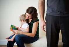 reading to children in a bilingual home. good article.