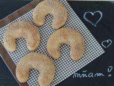serveimage (4608×3456) Bagel, Christmas Cookies, Doughnut, Nigella, Bread, Desserts, Blog, Basket, Xmas Cookies