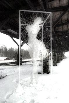 Wiresculpture 'Pavlova' by Nadia Zubareva dedicated to the greate Russian ballerine - 2013 Sculptures, Sculpture Artist, Photographer, Petersburg, Artist, Sculpture