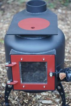 kiwi - Bespoke woodburning stoves and Bow top caravans Wood Stove Heater, Diy Wood Stove, Stove Oven, Metal Projects, Welding Projects, Shop Heater, Rocket Mass Heater, Stove Fireplace, Log Burner