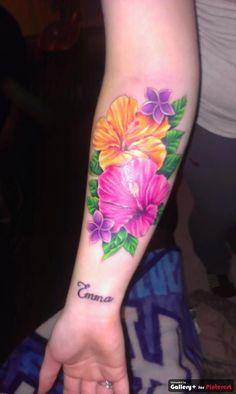 my new flower tatoo my best friends tattoo!