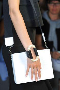 Victoria Beckham at New York Fashion Week Spring 2015 - Details Runway Photos Jewelry Accessories, Fashion Accessories, Jewelry Design, Fashion Jewelry, Women's Fashion, Leather Necklace, Leather Jewelry, Luxury Jewelry, Modern Jewelry