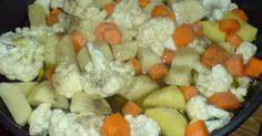 Ελληνικές συνταγές για νόστιμο, υγιεινό και οικονομικό φαγητό. Δοκιμάστε τες όλες Greek Desserts, Greek Recipes, Veggie Recipes, Cooking Recipes, Vasilopita Recipe, Greek Cooking, Happy Foods, Fruit Salad, Holiday Recipes